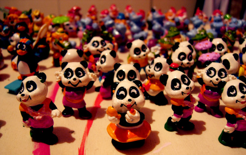 I HAVE AN ARMY (di sorpresine dell'ovetto Kinder, ma pur sempre un army)