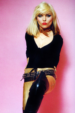vintagegal:  Debbie Harry (x)