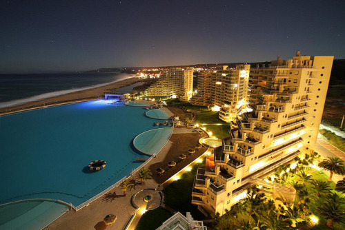 just-wanna-travel:  San Alfonso del Mar, Chile