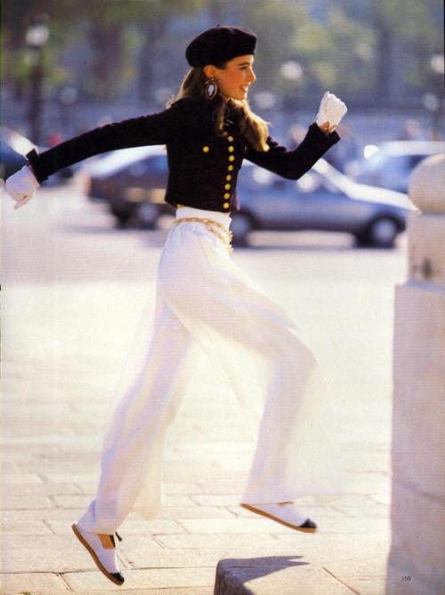 """Pants"", Vogue US, January 1989Photographer : Patrick Demarchelier"