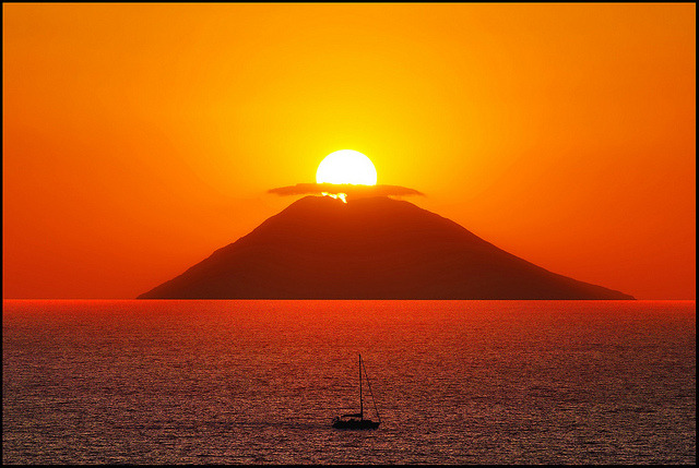 Stromboli 2011 by zio.paperino on Flickr.