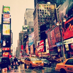 City of lights, Time Square NY, oct 2008. #iloveny #NY #newyork #usa #city #ink361 #instagood #instadaily #photooftheday #20likes