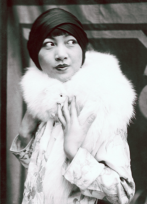 deforest:  Anna May Wong in Chicago, 1925