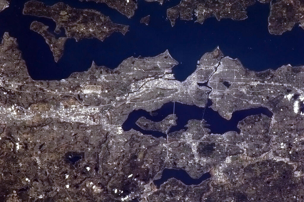 Seattle and environs as seen during a brief sun break this morning from the International Space Station, in a sweeping view that takes in Puget Sound at the top, Lake Washington mid-image, and Lake Sammamish near the bottom (image credit: CSA/Commander Chris Hadfield).