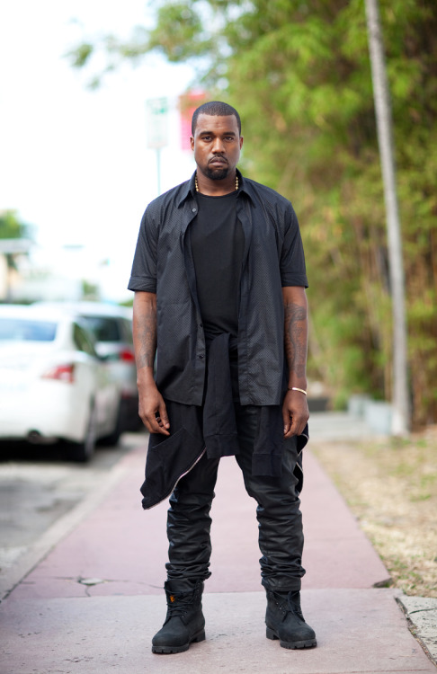 fuckthatautotune:  probably my favorite picture of yeezy
