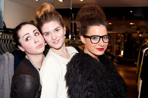 Top knot triplets with @nolollydolly and @audreyleighton last night at the @KarenMillen event hosted by Frassy!