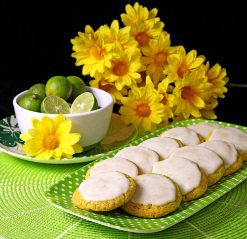 Frosted Key Lime Cookies by IrishMomLuvs2Bake on Flickr.