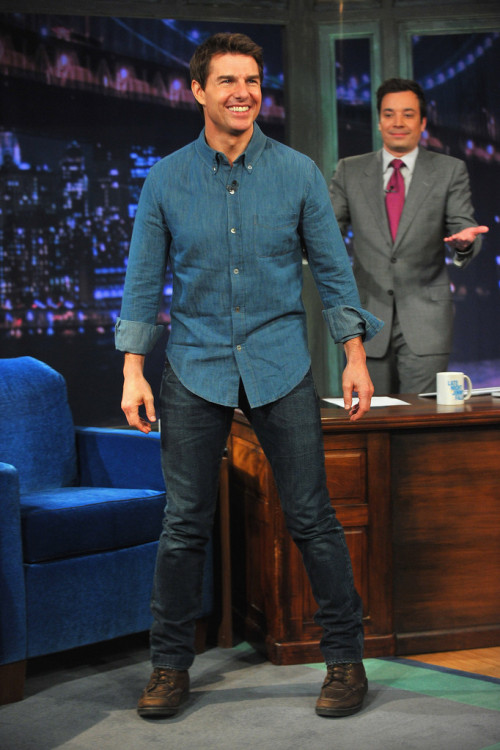 thelegendarytomcruise:  Tom Cruise putting in appearance on 'Late Night With Jimmy Fallon' at the Rockefeller Center in NYC (12th April 2013)