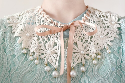 My beautiful lace collar.