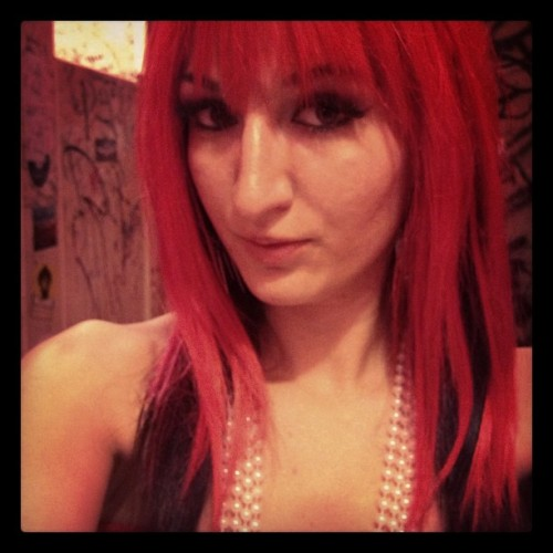 Come play at @cupcakeworship #fetish #gogo #dance #redhair #heartbreaker #breaknecks 💔