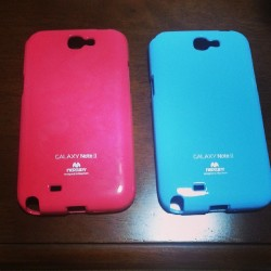 Got new cases for my phone. Hot pink and sky blue. ^___^ #brandnew #phone #note2 #galaxynote2 #samsung #cute #nicecolors #musthave #pink #blue