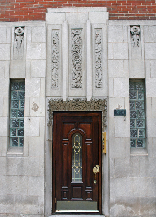 Entranceway, Chicago, Illinoisby Terence Faircloth I don't feel the door really matches but otherwise a pretty entrance. From Flickr:    Art Deco ornamentation and door in a building on North LaSalle Street in Chicago, Illinois.