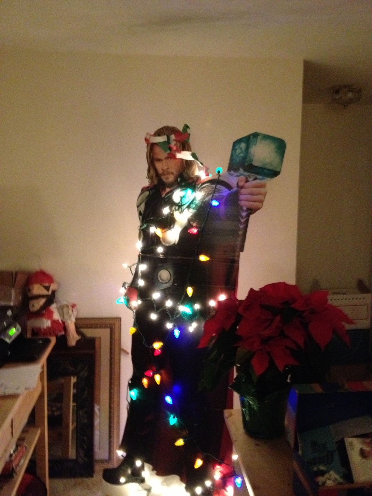 souryellows:  O Christmas Thor, O Christmas Thor