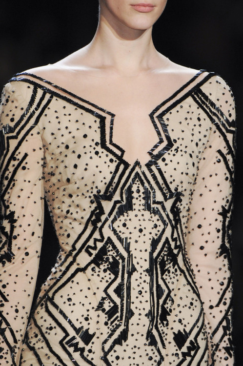 girlannachronism:  Monique Lhuillier fall 2013 rtw details
