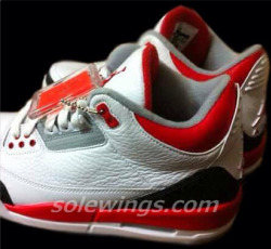 "Air Jordan 3 ""Fire Red"" (2013 Retro) – Sneak Peek via kicksonfire.com"