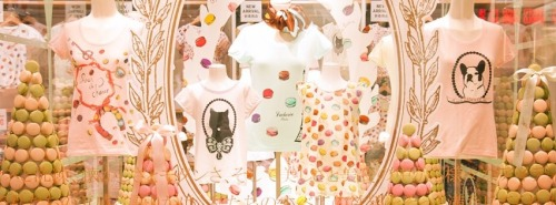 The Uniqlo and @MaisonLaduree collaboration really does look good enough to eat! Seen here in Tokyo, the collection launches in the UK on 2nd May 2013…