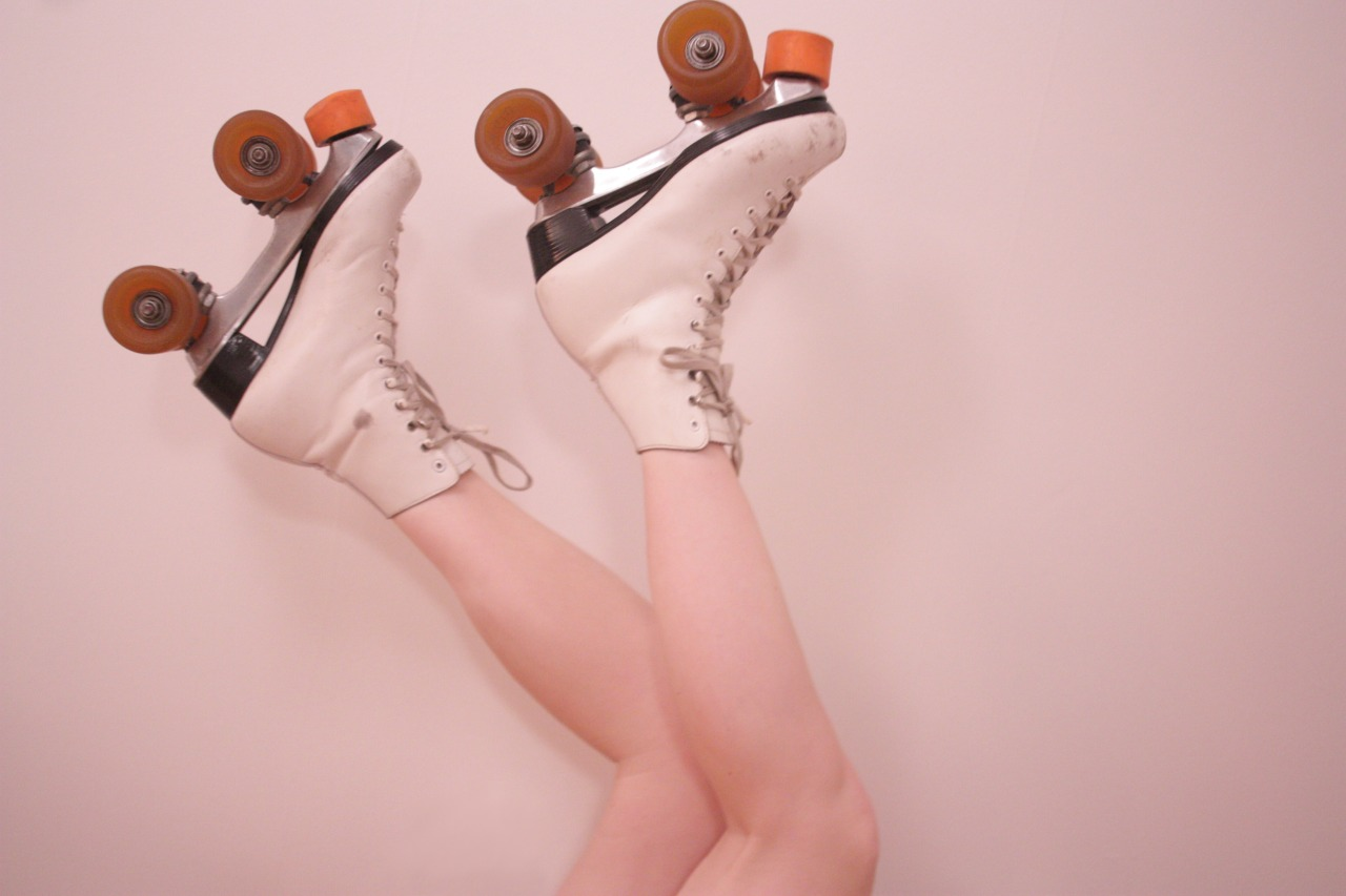 i wanna wear my roller derby skates every day