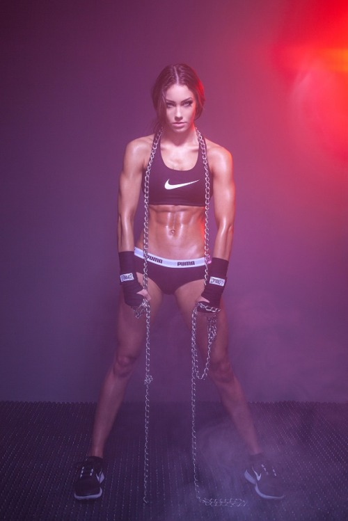 borntobeabeast:  space-rockets:  she's my fitspo, and thats saying a lot since i'm a guy.   More motivation here!