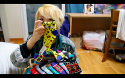 4 more days for these insanely cute Korean socks giveaway. Details in video ^^ http://youtu.be/uyzI6VaIoUE