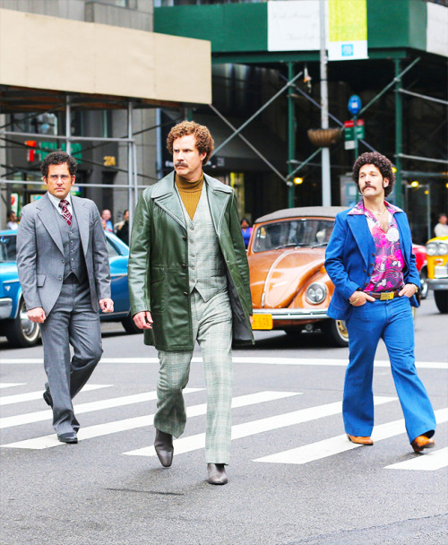 v0tesax0n:   Steve Carell, Will Ferrell and Paul Rudd filming Anchorman 2 in NYC (5/18/2013)  you guys have no fucking idea how excited i am