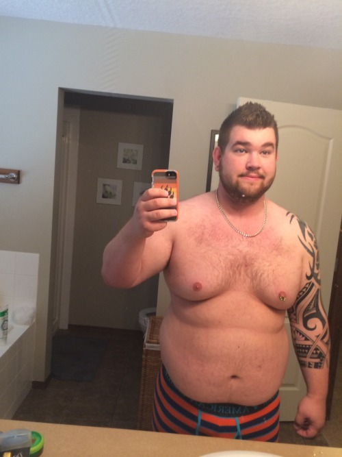 bjcub10:Day 1 of my weight loss. Starting weight 275. Goal is 210. Here we go. Wish me luck.
