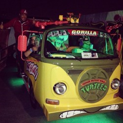 Cowabunga! @jburchnation #tmnt #vwvan #volkswagon #teenagemutantninjaturtles #whambangpow #theretroedition   (at The VEX)