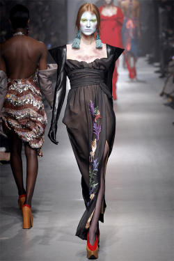 giveme-givenchy:  Vivienne Westwood Autumn/Winter 2013-14 Ready-To-Wear