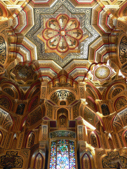 visitheworld:  Arab Room ceiling inside Cardiff Castle, Wales (by flambard).