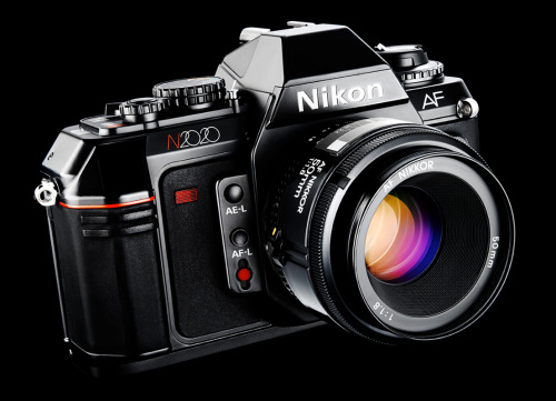 design-photographs  nikon n2020 1986. first nikon af slr camera  (austin calhoon photograph, austincalhoon.com)