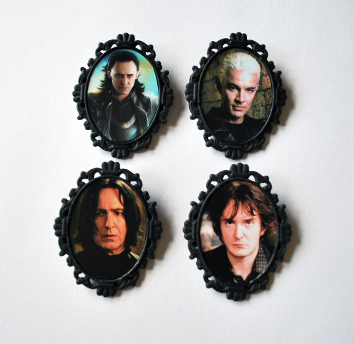 Black-hearted Bastard Brooches now available from Daisy's Creations!  I love these.  I got my boyfriend the Bernard Black one (and a lovely Bjork one!) for his birthday.  I had a photo of him wearing if to post, but I've lost it =[  She packaged everything so nicely as well, Daisy's Creations is pretty much my favourite Etsy shop.