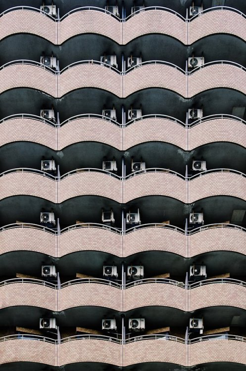 petapeta:  Eye-Catching Patterns in Architecture Around the World - My Modern Metropolis  Nagoya, Japan