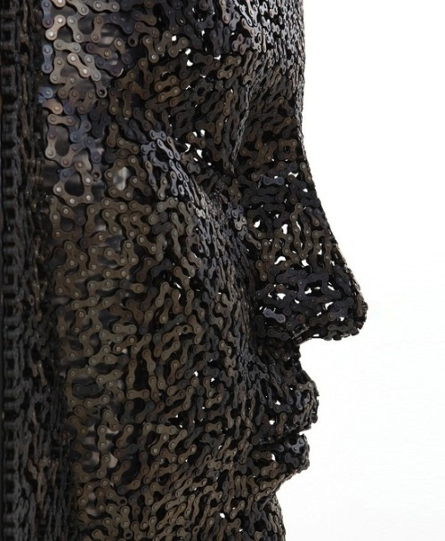 valscrapbook:  vjeranski: Bicycle Chain Sculptures by Young-Deok Seo