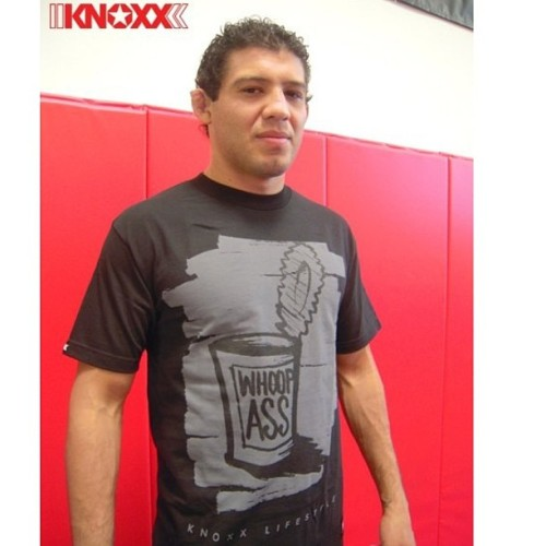 Best of Luck to @GilbertMelendez #GilbertMelendez tonight as he will face Ben Henderson for the UFC lightweight title #ufc #mma #fight #fighter #skrappack #elnino #ufconfox #foxsports #champion #lightweight #lightweightchampion #knoxx #knoxxgear #knoxxbrand @knoxxbrand