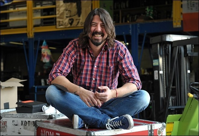 Smile with the music like #DaveGrohl