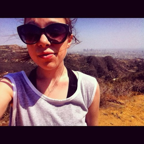 outchere (at Hollywood Hills)