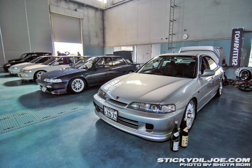 dualoverheadcams:  Two different generations of DB Integra's.