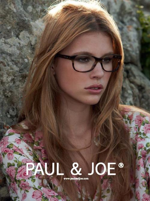 Paul & Joe S/S 10 Photographer: Patrick Demarchelier