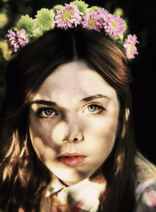 Elle Fanning with brown hair | requested by anonymous