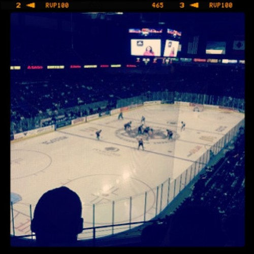 Great game! #reign #hockey #colton #citizensbankarena with @suckxbrick  💙 #cold