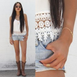 Daisy Crochet Tank $33  Pair it up with Vintage Circle Sunglasses $12 & Stacked Knuckle Ring $11 ✌ MickeysGirl.com #HappyShopping