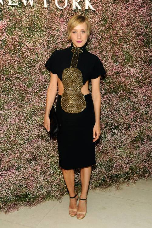 suicideblonde:  Chloe Sevigny at the 60 Years of Chloe event in NYC, March 12th Chloe wore the infamous violin dress designed by Karl Lagerfeld for the Chloe S/S 1983 collection.
