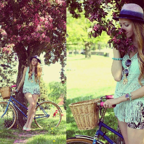 New post on natalieast.com today… what I wore for a Victoria day bike ride. #may24 #longweekend #bicycle #vintage #bike #fringe #hm #hmroskilde #mint #fedora #ombre #cherryblossoms #shorts #snakeskin #blogger #blog #outfit #ootd #fashion #fashionblogger #fashionblog