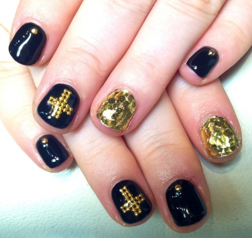 Nails Of The Day: NAILS OF THE DAYby From Our Readers  http://bit.ly/REudTa