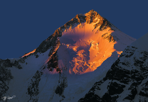 kromtaal:  Gasherbrum I (8068 m), by Atif Saeed. Gasherbrum I is the 11th highest peak on earth and is located in the Karakoram range of the Himalaya on the Pakistani–Chinese border.