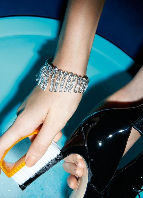bijoux ladyluxury diamonds diamond bracelets luxury jewelry high heels heels haute haute couture pretty details luxurious luxe luxury glamour jewelry wealth rich opulence affluence sophisticated luxury blog luxury living luxe life expensive taste luxury lifestyle rich girl wealthy living