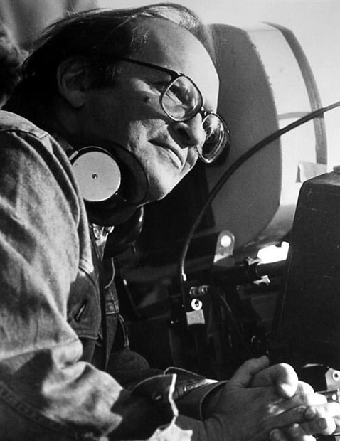 Director Sidney Lumet on the set of Power