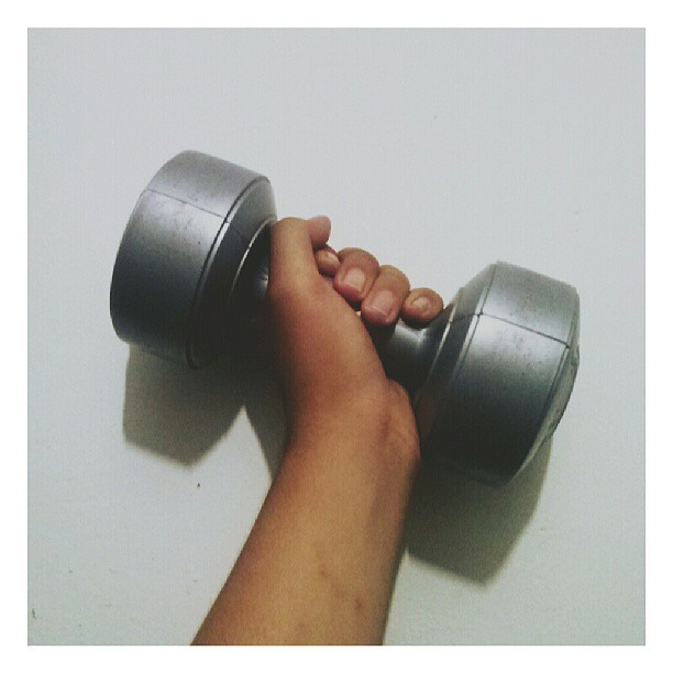 Day 16: A Good Habit #30DaysChallenge  #gym #workout #barbell #all_shots #bestoftheday #photooftheday #instadaily #instago #instagood #instahub #instamood #instanusantara #instaphoto #filter #shoutout #iphonesia #iphonegraphy #iphonegrapher #hot #igaddicted #igers #statigram #tagstagram #tagstagramers #tweegram #webstagram #indonesia #instagram