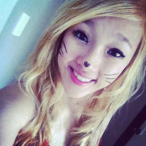 #bored #asian #blonde #cat #meow #red #girl #smile #hair 🐱🐭😂😃