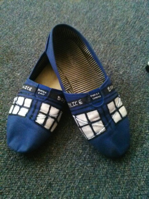 divinity-inmotion:  My Tardis Shoes