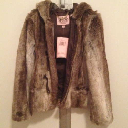 I just added this to my closet on Poshmark: Juicy Couture Faux Fur Hooded Toggle Jacket. (http://bit.ly/UEOMz6) #poshmark #fashion #shopping #shopmycloset